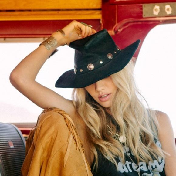 Free people Minnetonka conch leather hat cowboy
